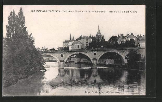 AK Saint-Gaultier, vue sur la creuse au pont de la Gare