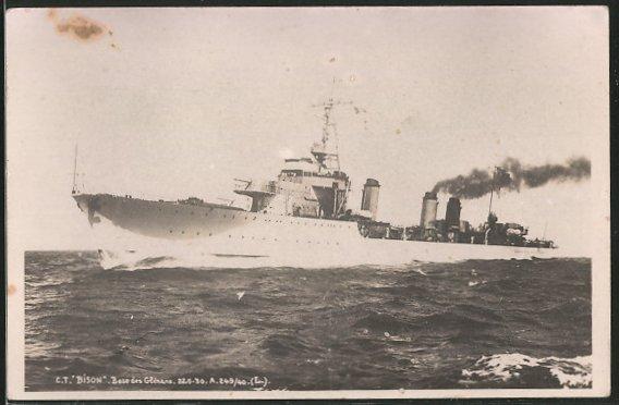 AK Kriegsschiff CT Bison auf hoher See
