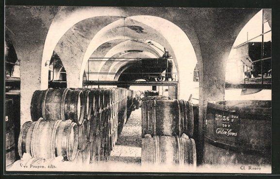 AK Corton-Grancey, Cuverie du château, Weinlagerung