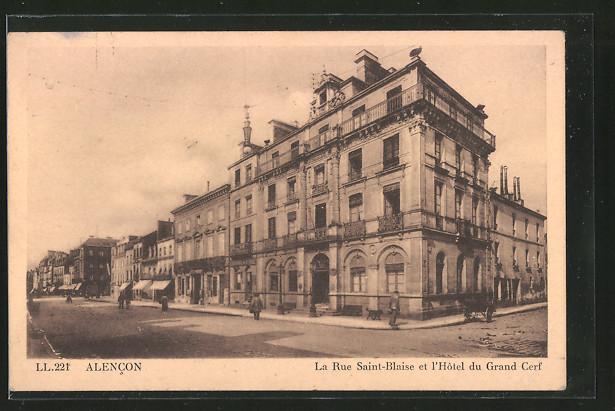AK Alencon, La Rue Saint Blaise et l'Hôtel du Grand Cerf