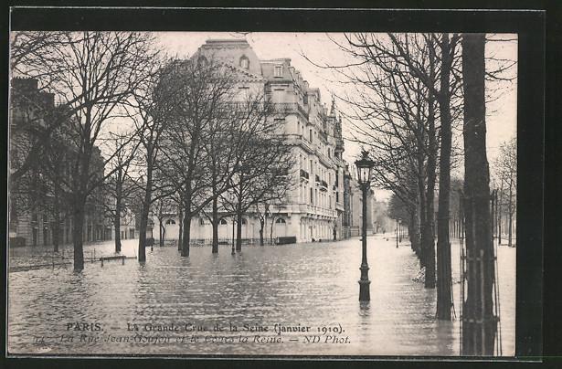 AK Paris, La grande crue de la Seine 1910, La rue Jean-Goujon et le cours la Reine, Hochwasser