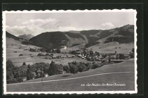AK Les Moulins, Vue panoramique et les Mont Chevreuils