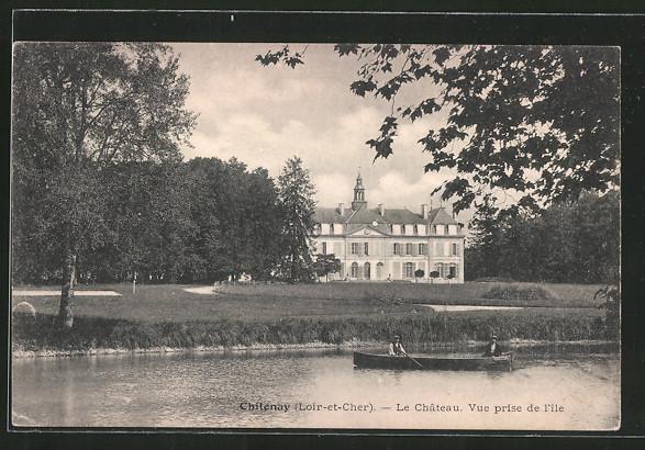 AK Chitenay, le château, vue prise de l'île