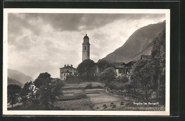AK Soglio im Bergell, Ortsansicht mit Kirche