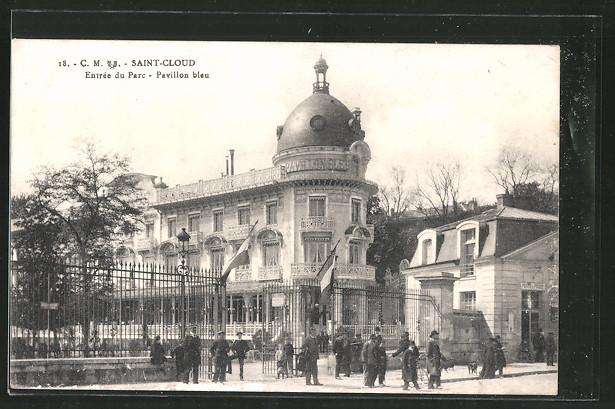 AK Saint-Cloud, entrée du parc, pavillon bleu