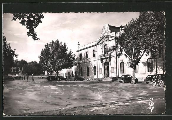 AK Ales, place de la mairie et la mairie