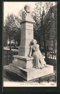 AK Epernay, l'hôpital, statue de M. Auban-Moet