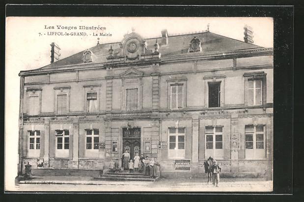 AK Liffol-le-Grand, La mairie, Reiter mit seinem Pferd