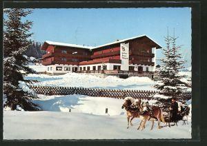 AK Mühltal-Wildschönau, Gasthaus Pension Haflingerhof im Winter mit Pferdeschlitten