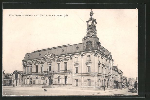 AK Noisy le Sec, La Mairie et la Place