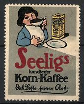 Reklamemarke Seelig's Kornkaffee, Mädchen trinkt Tasse Kaffee
