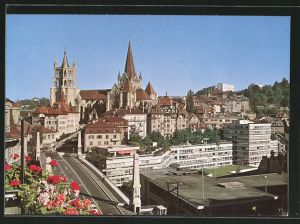 AK Lausanne, La Cathédrale et le Pont Bessières