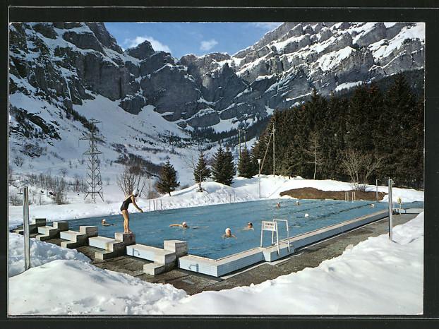 AK Leukerbad / Loèche les Bains, Schwimmbad im Winter am Gemmipass