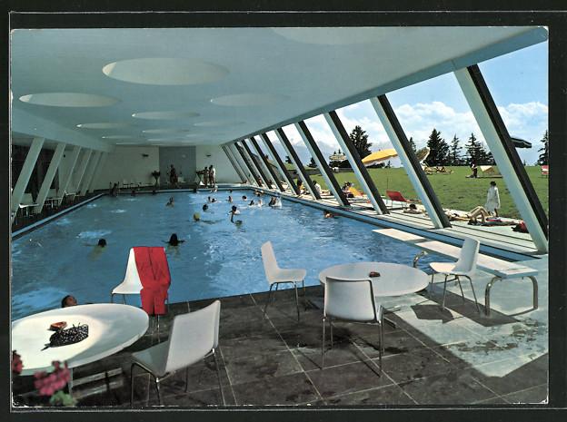 AK Montana-Crans, La piscine de la tour de Supercrans, intérieur