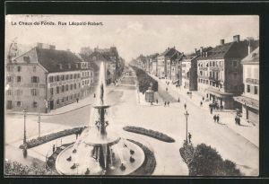 AK La Chaux-de-Fonds, Rue Léopold-Robert mit Geschäften