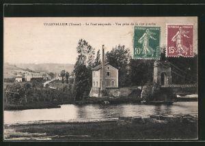 AK Villevallier, le pont suspendu, vue prise de la rive gauche
