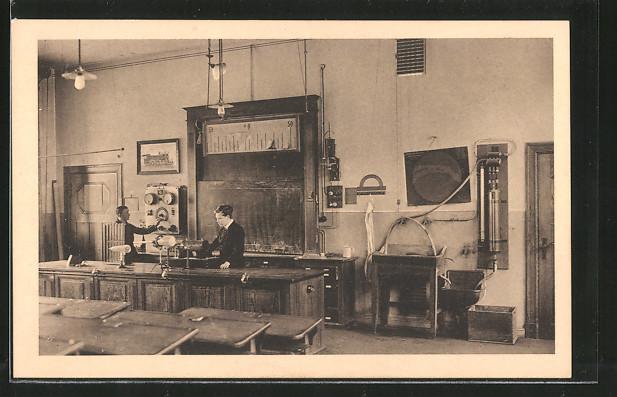ak berlin steglitz oberrealschule und reformrealgymnasium physikalisches unterrichtszimmer nr. Black Bedroom Furniture Sets. Home Design Ideas