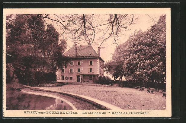 AK Virieu-sur-Bourbre, la maison du