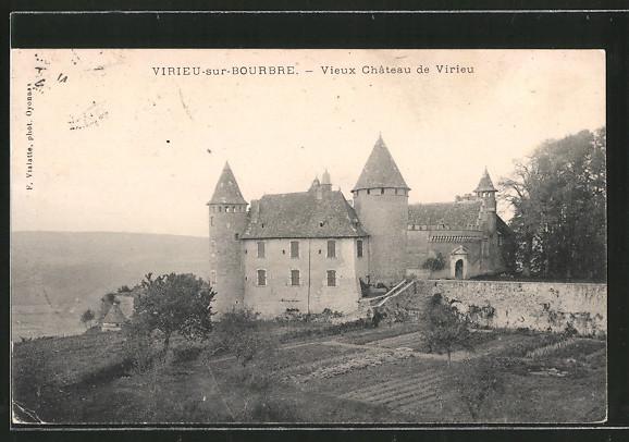 AK Virieu-sur-Bourbre, vieux château de Virieu