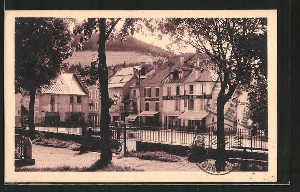 Ak villard de lans la place vue du jardin de ville nr for Villard de lans piscine