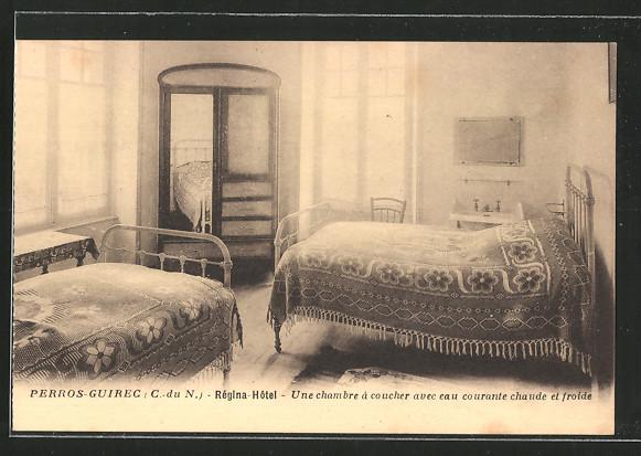 AK Perros-Guirec, hôtel Régina, une chambre á coucher avec eau ...