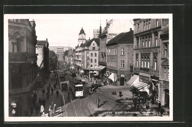 AK Oslo, Karl Johansgt. mit Strassenbahn