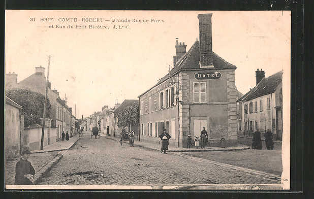AK Brie-Comte-Robert, Grande Rue de Paris et Rue du Petit Bicetre, Hotel