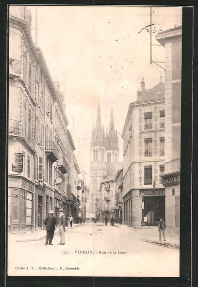 AK Voiron, Rue de la gare mit Geschäften