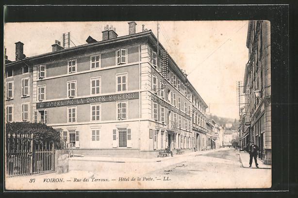 AK Voiron, Rue des Terraux, Hotel de la Poste