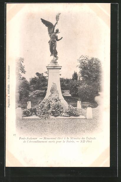 AK Pont-Audemer, monument élevé á la mémoire des enfants