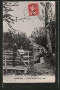 AK Pacy-sur-Eure, pont et passerelle sur l'Eure