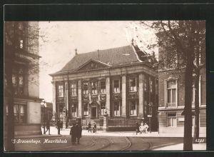 AK 's-Gravenhage, Strassenpartie am Mauritshuis