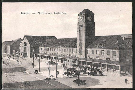 AK Basel, Pferdekutschen stehen vor dem Badischer Bahnhof