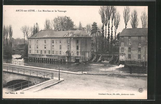 AK Arcis-sur-Aube, Les Moulins et le Vannage