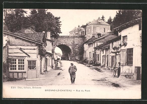 AK Brienne-le-Chateau, Rue du Pont