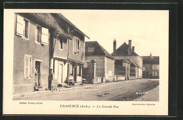 AK Chaource, La Grande Rue