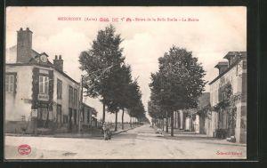 AK Mesgrigny, Route de la Belle Etoile, la Mairie