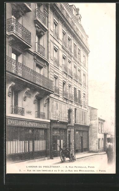 AK Paris, L'avenir du prolétariat, rue Pernelle 8, vue de son immeuble du 9 de la rue des Messageries