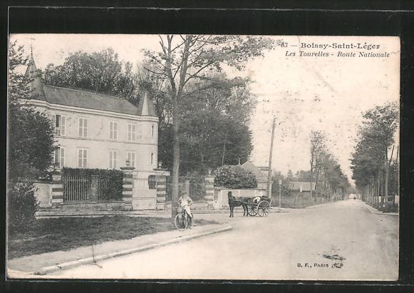 AK Boissy-Saint-Léger, Les tourelles, route nationale, Pferdekutsche, Radfahrer
