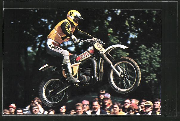 AK Motocross, André Massant im Sprung auf seiner Yamaha, Motorrad