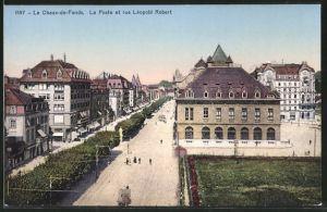 AK Le Chaux-de-Fonds, La Poste et rue Léopold Robert