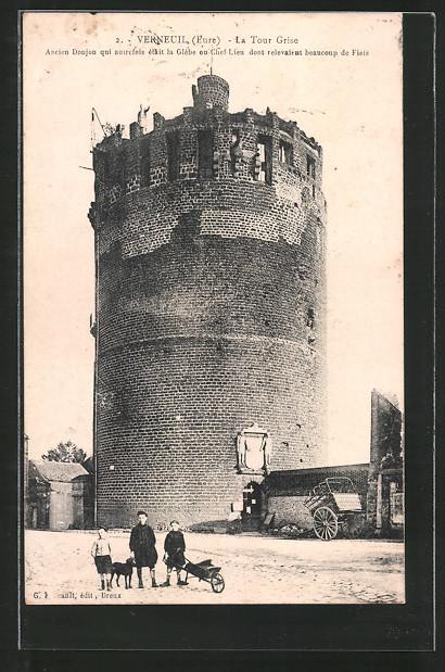 AK Verneuil, la tour Grise, Kinder vor Turm