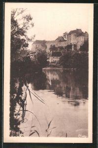 AK Pesmes, les bords de l'Ognon, le Chateau et la Gendarmerie