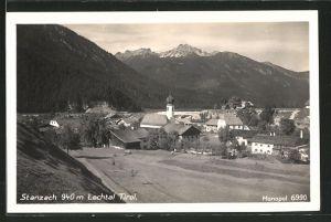 AK Stanzach, Ortsansicht mit Kirche