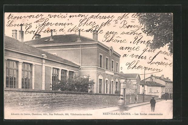 AK Neuville s/Saone, Les Ecoles communales