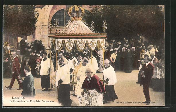 AK Lourdes, La Procession du Très Saint Sacrement, katholische Geistliche