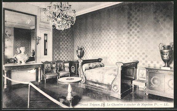 AK Versailles, Grand Trianon, la chambre à coucher de Napoléon Ier ...