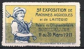 Reklamemarke Bruxelles - Brüssel, 3. Exposition De Machines Agricoles el de Laiterie 1911, Bauer mit Mistgabel