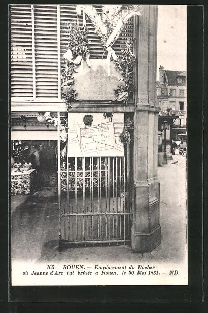 AK Rouen, Emplacement du Bûcher ou Jeanne d'Arc, Standpunkt des Scheiterhaufens von Johanna von Orleans