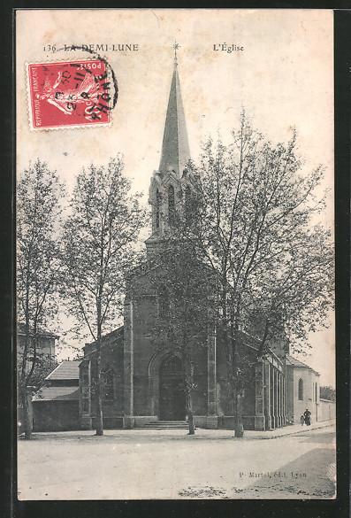 AK La Demi-Lune, L'Église, Blick zur Kirche
